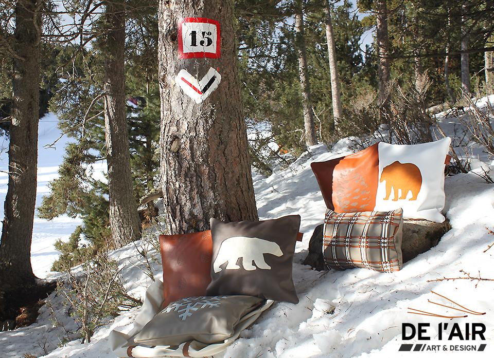 Photographie des coussins en bord de piste - Collection montagne, hiver 2019