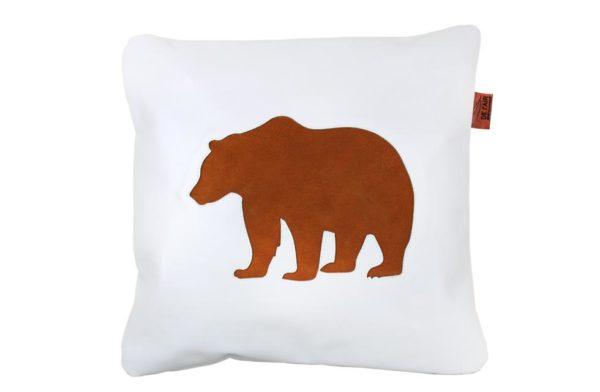 Coussin ours brun en cuir avec patch cousu en cuir nubuck